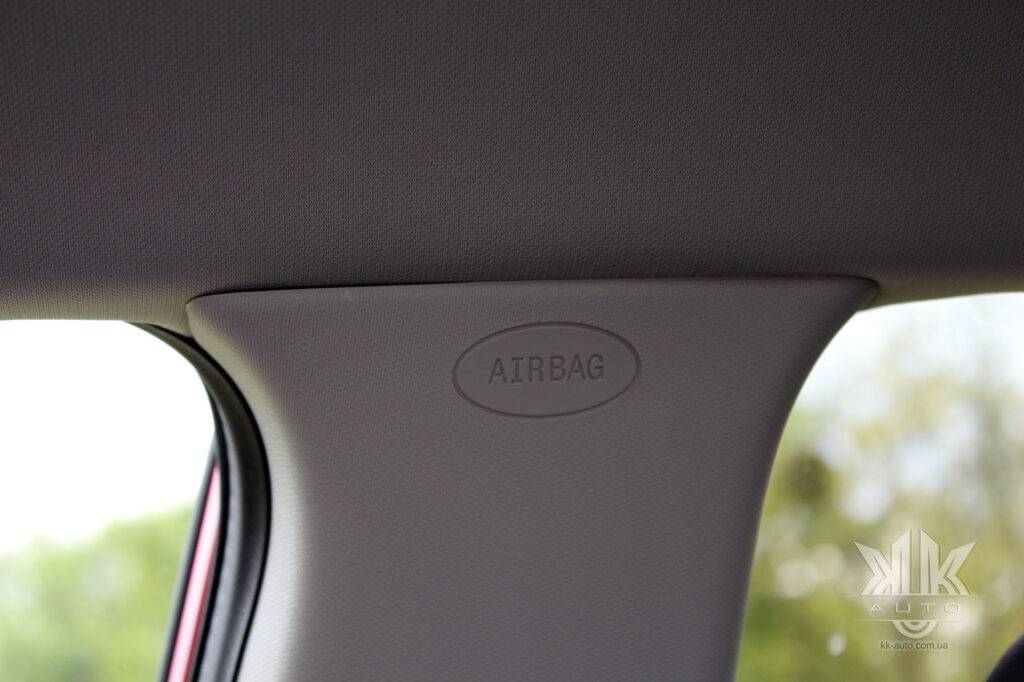 Тест-драйв Renault Kadjar, airbag