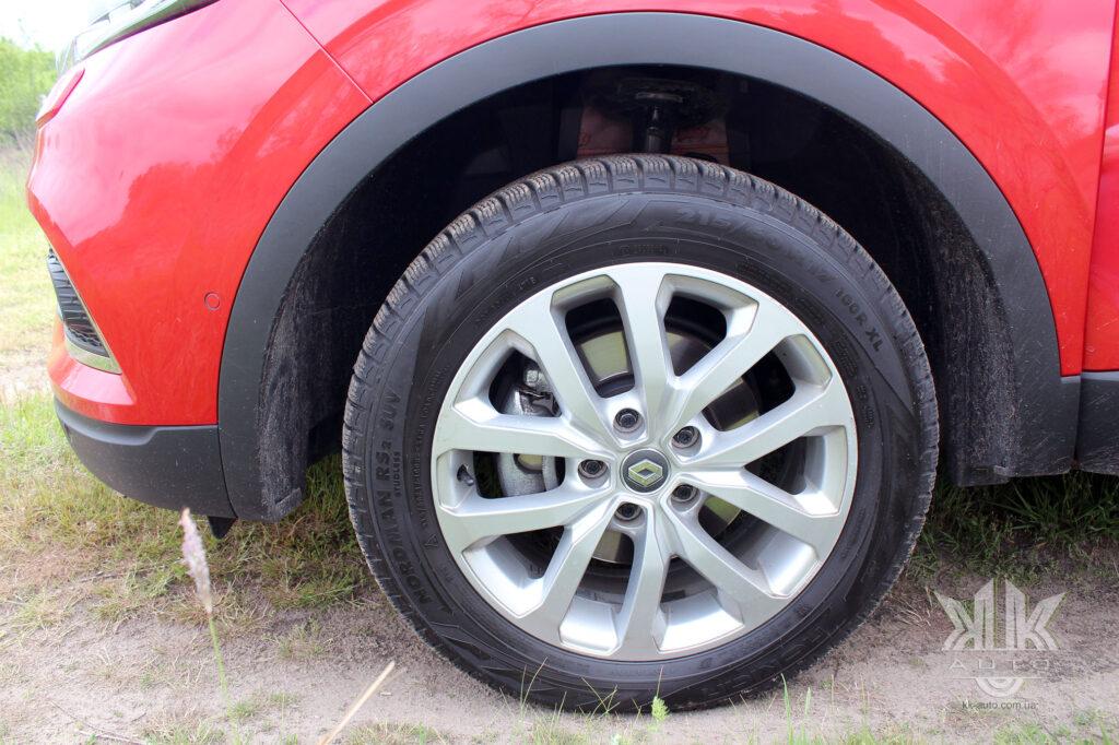 Тест-драйв Renault Kadjar, гальмівна система автомобіля