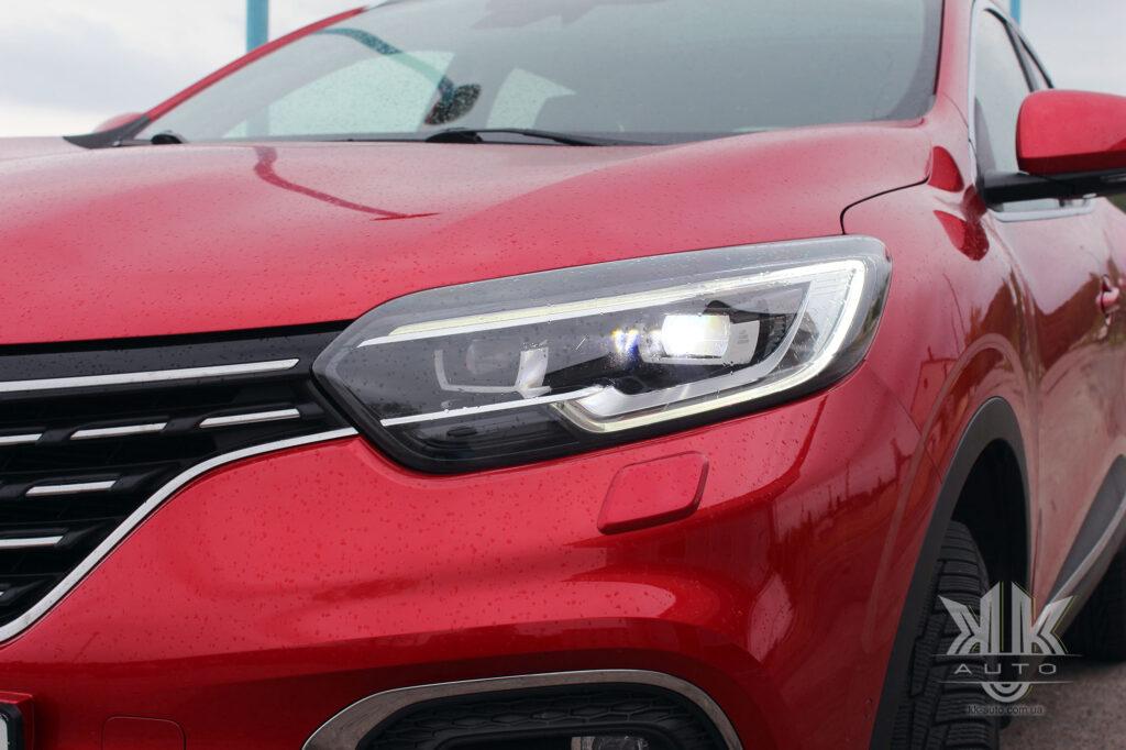 Тест-драйв Renault Kadjar, Full LED