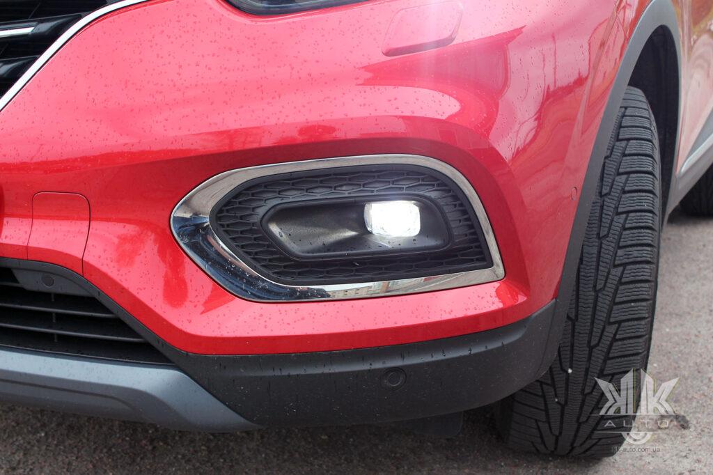 Тест-драйв Renault Kadjar, світлодіодні протитуманні фари