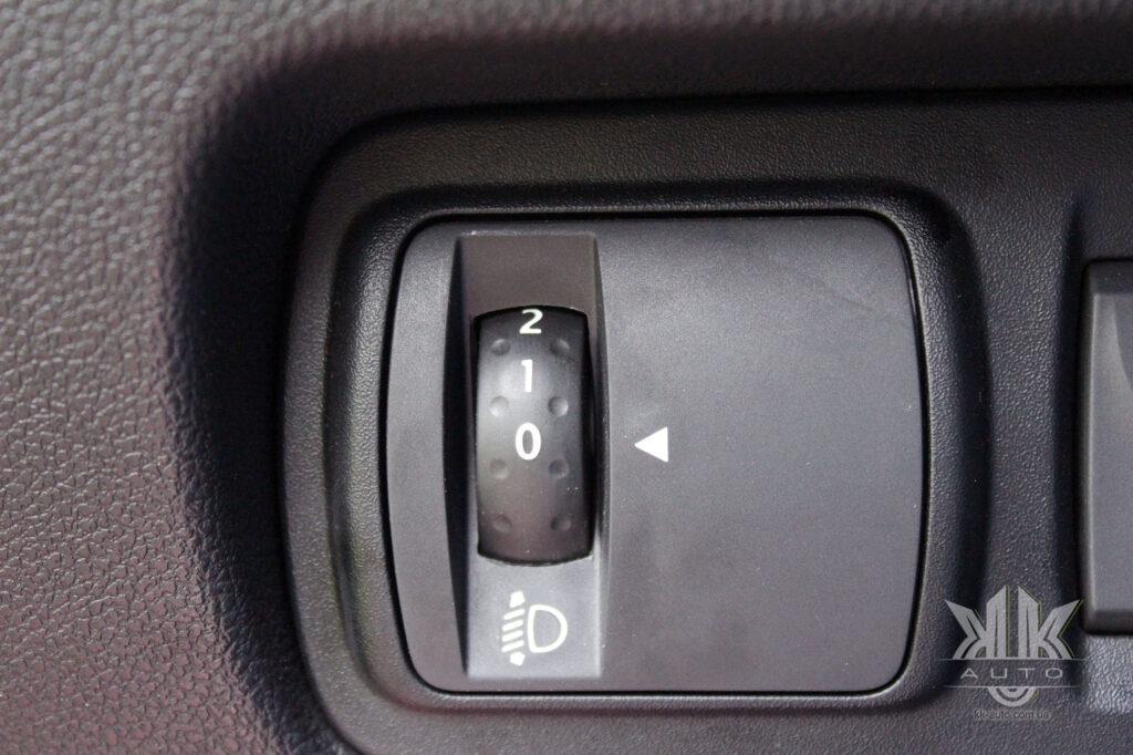 Тест-драйв Renault Kadjar, коректор фар