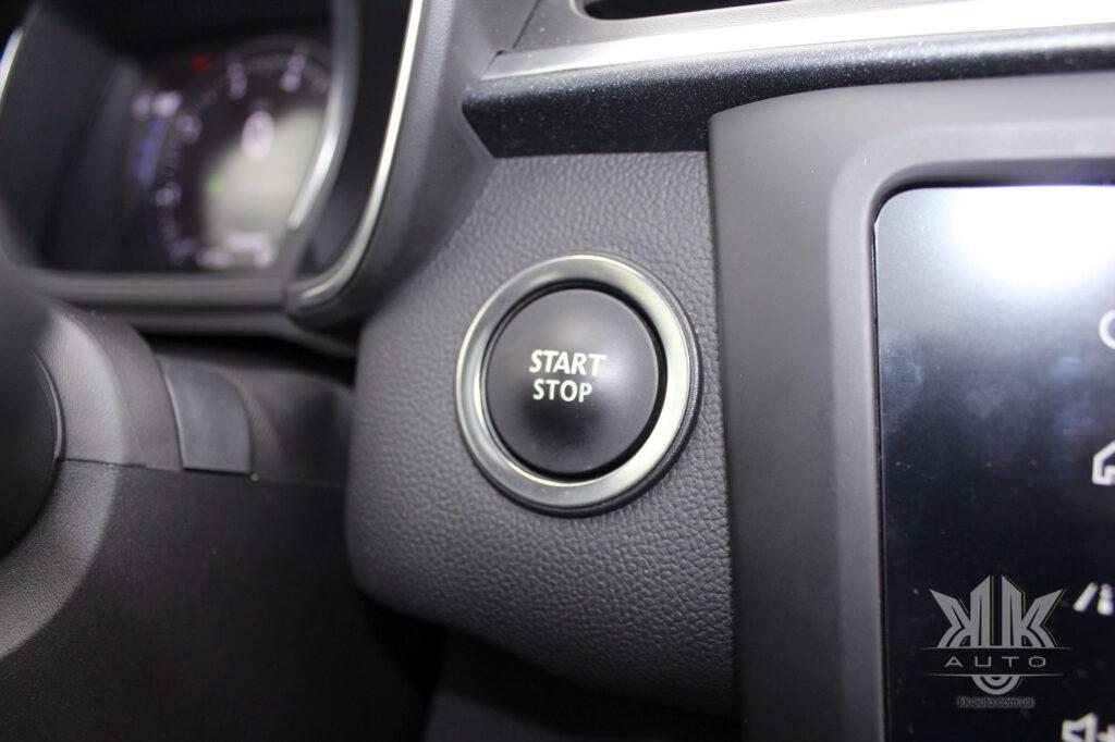 Тест-драйв Renault Kadjar, кнопка запуску двигуна