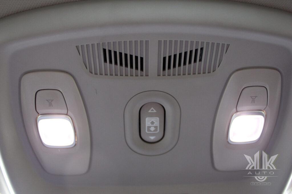 Тест-драйв Renault Kadjar, лед освітлення