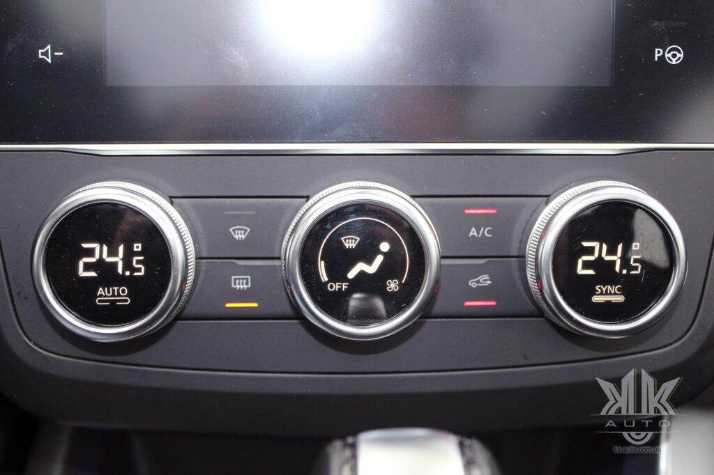 Тест-драйв Renault Kadjar, кліматконтроль