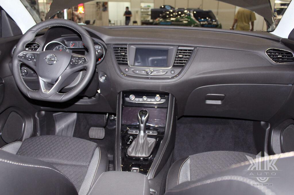 ComAutotrans, Opel Grandland X Turbo