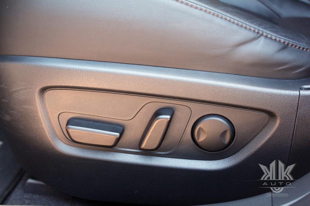 Тест-драйв Mazda CX-30, Mazda 3 CX 30