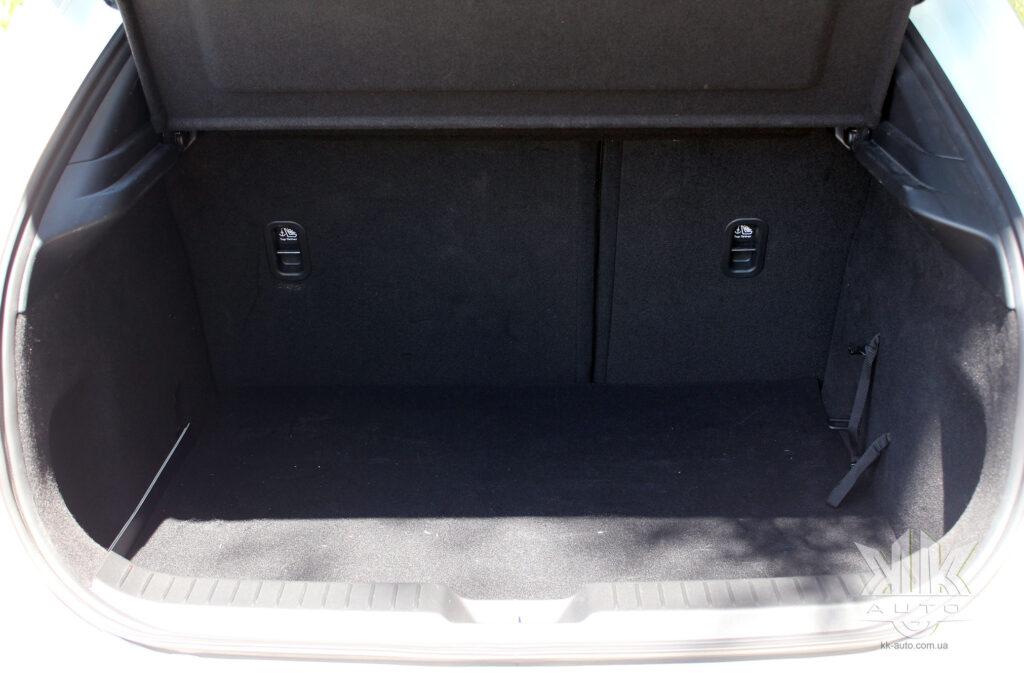 Тест-драйв Mazda CX-30, Mazda CX 30