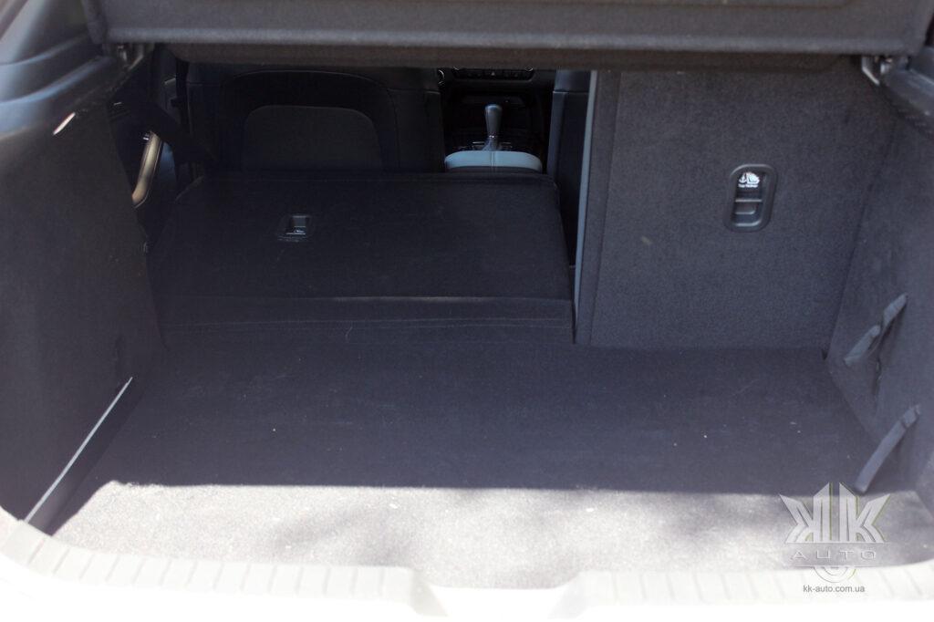 Тест-драйв Mazda CX-30, Mazda CX 302020
