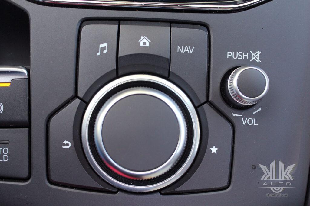 тест-драйв Mazda CX-5, Mazda 5 4x4