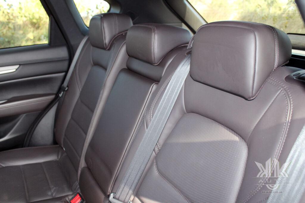 тест-драйв Mazda CX-5, Mazda CX 5 Volvo XC40